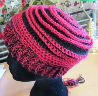 Cr_hats_in_biggan_yarn_001_small2