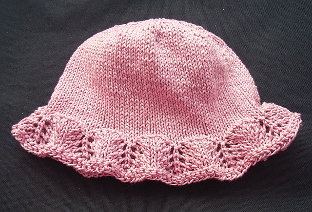 Knitting Pattern For Baby Sun Hat : Lace Sun Hat Kaisukas kirjutab kasitoost