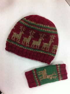 Xmas_hat___mittens_small2