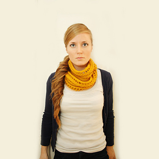 Begbie_cowl_square_small2