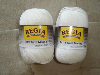Regia_-_white__640x480__small2