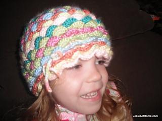 Bloom-hat-side-free-crochet-pattern_small2