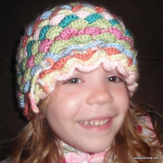 Bloom-hat-free-crochet-pattern_small2