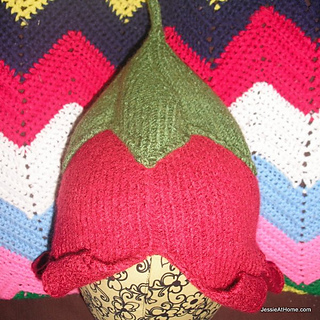 Abby-knit-pattern-flower-hat-square_small2