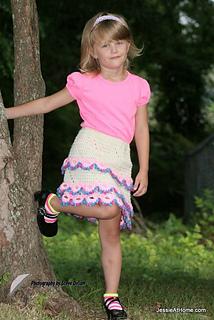 Rachel-lace-ruffle-crochet-skirt-pattern-child-3-5_small2