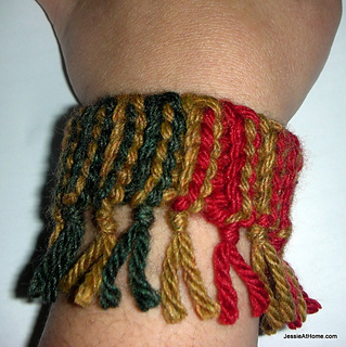 Quick-scrap-slip-stitch-bracelet-colorful_small2