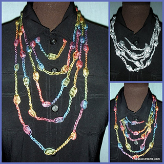 Free-crochet-puff-stitch-necklace-3-lengths_small2