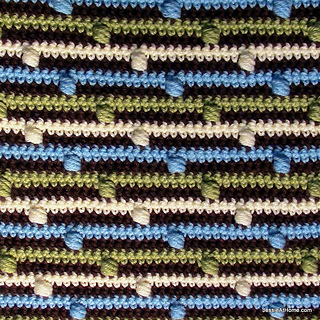 Free-pattern-joseph_s-puff-stitch-crochet-blanket_small2