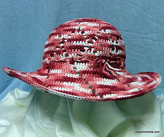 Free-pattern-cochet-shine-on-sun-hat-by-jessie-at-home_small2