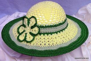Be-a-start-child_s-sun-hat-free-crochet-pattern-tahki-cotton-classic_small2