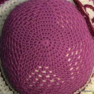 Be-a-start-child_s-sun-hat-free-crochet-pattern-star-top_small2