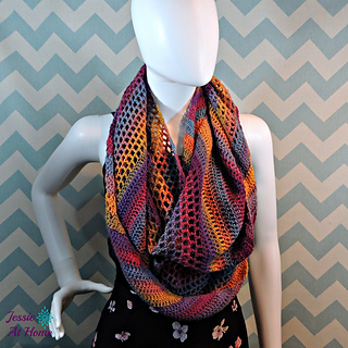 Comfy-mochi-cowl-free-crochet-pattern-by-jessie-at-home_small2