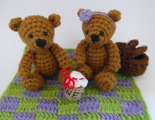 Teddy_bears_picnic_small2
