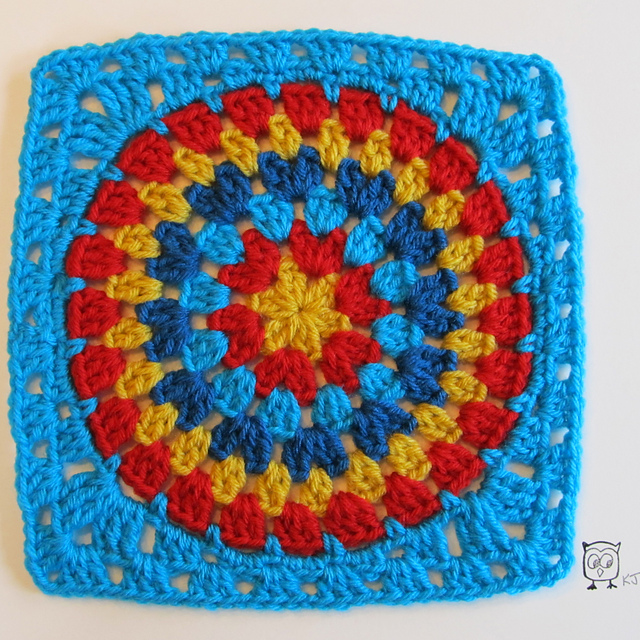 free crochet pattern granny square circle big stripes rainbow colorful