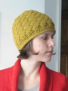 Hat-beanie-pattern-side_small2