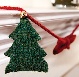 Bow_and_tree_garland_small2