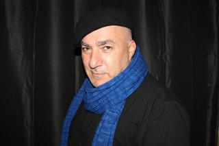 Jpeg__knitting_blue_scarf0009_small2