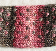 Vintage_headband_close_small