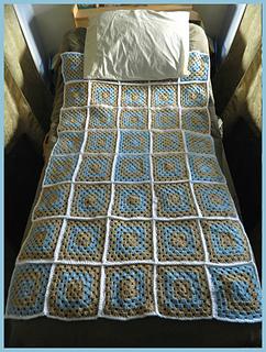 My_modern_granny_square_blanket_c_small2