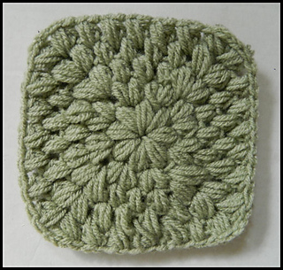 Solid_green_puff_stitch_granny_square_pattern_small2
