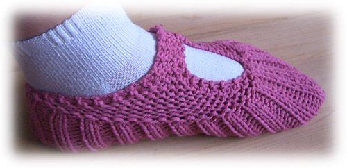 Pocketbook_slippers_side_view_medium