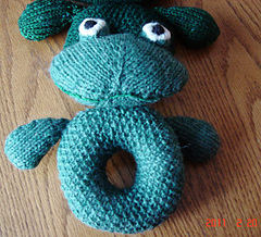 Xaviers_froggie_rattle_2_small