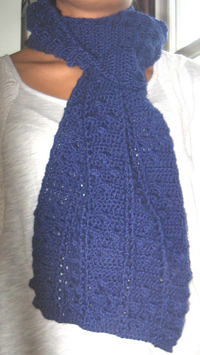 Bobble_diamonds_and_posts_scarf2_medium