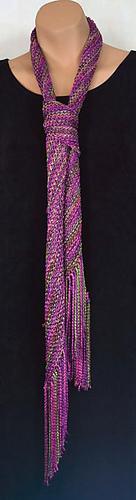 201_3_basic_diagonal_scarf_by_laura_bryant_medium