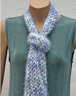 201_3_open_work_scarf_small2