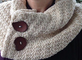 Diagaonal_rib_cowl_small2