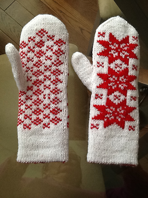Snowfalek Galore by Lori double knit red and white gloves