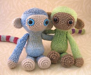 Woolly_monkeys_04_small2