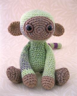 Woolly_monkey_green_05_small2