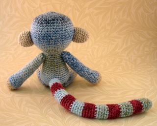 Woolly_monkey_blue_05_small2
