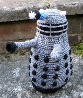 Dalek_grey_01_small2