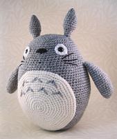 Totoro En Amigurumi : Ravelry: Grey Totoro Amigurumi pattern by Lucy Ravenscar