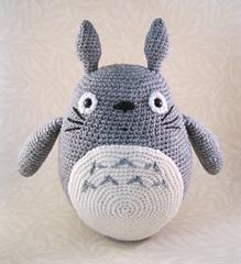 Totoro_grey_02_small