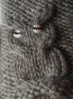 091213_-_owl_mittens_01_small2