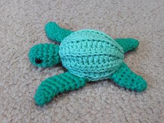 Leatherback_seaturtle_small2