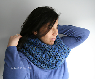 Navy_blue_cowl__123__5_small2