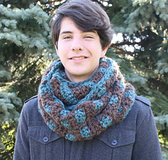 Lo_res_substantial_cowl_b_small