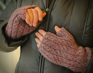 Tendrils_mitts_1_small2