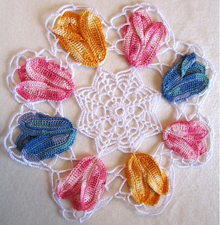 Maggies-crochet-patterns-tulip-group2-800_04_small2