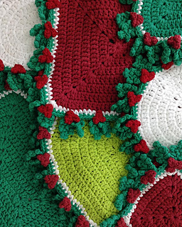 Pb174-holly-hot-pads-crochet-pattern2-optw_small2