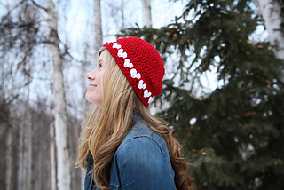 Crochet_heart_hat_small2