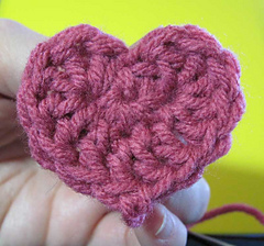 Sweetheart-in-hand_small