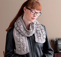 Cozy_knits_-_art_deco_faux_cables_scarf_beauty_shot_small