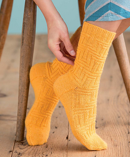 Op-art_socks_-_anni_beauty_shot_small2