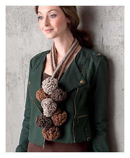 Rustic_modern_crochet_-_coral_bouquet_beauty_shot_small2