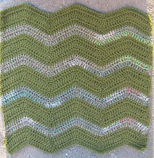 Finished_gentle_ripple_cat_blanket_medium2_small2
